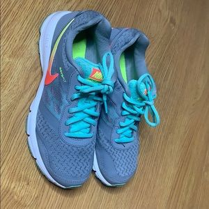 Nike Running Shoes Gray Multicolored Check 7.5